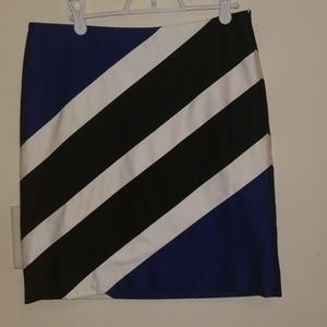 White House Black Marter Pencil Skirt
